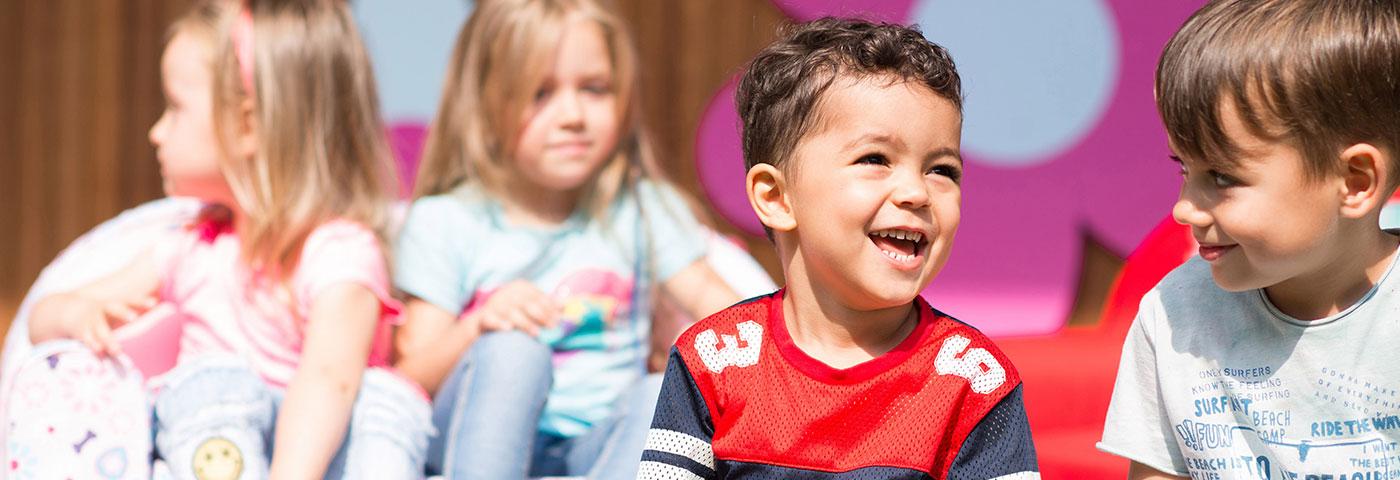 Casting dla dzieci do spotu reklamowego mebelków